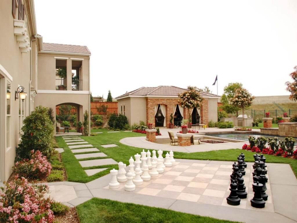 Unique garden patio ideas, like a backyard chess game!