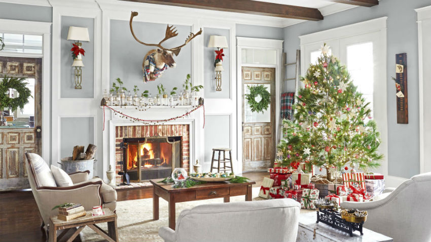 This Kentucky Vintage Christmas may very well be your style. Image Source: Country Living