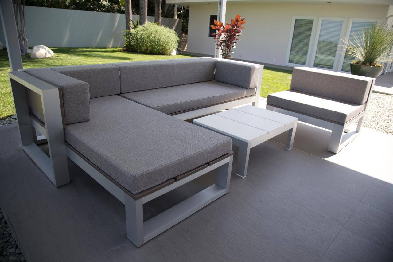 Easy DIY Furniture for a Personalized Patio