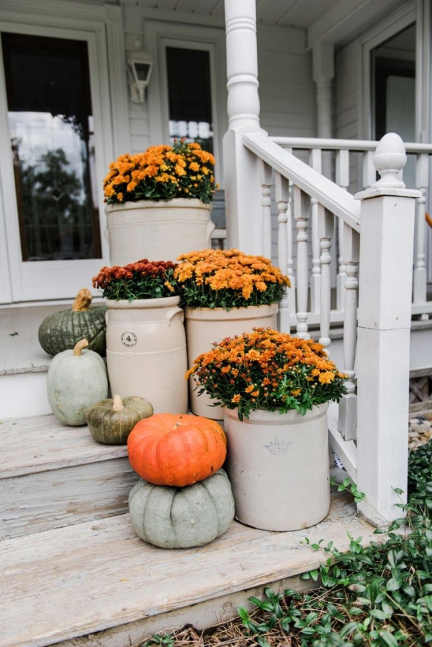 Pumpkins are a must! Source: Decoratoo