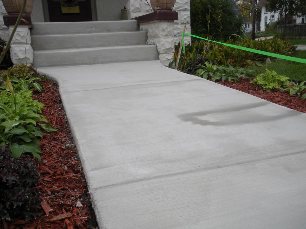 Diy concrete stair resurfacing in 5 easy steps - Resurfacing exterior concrete stairs ...