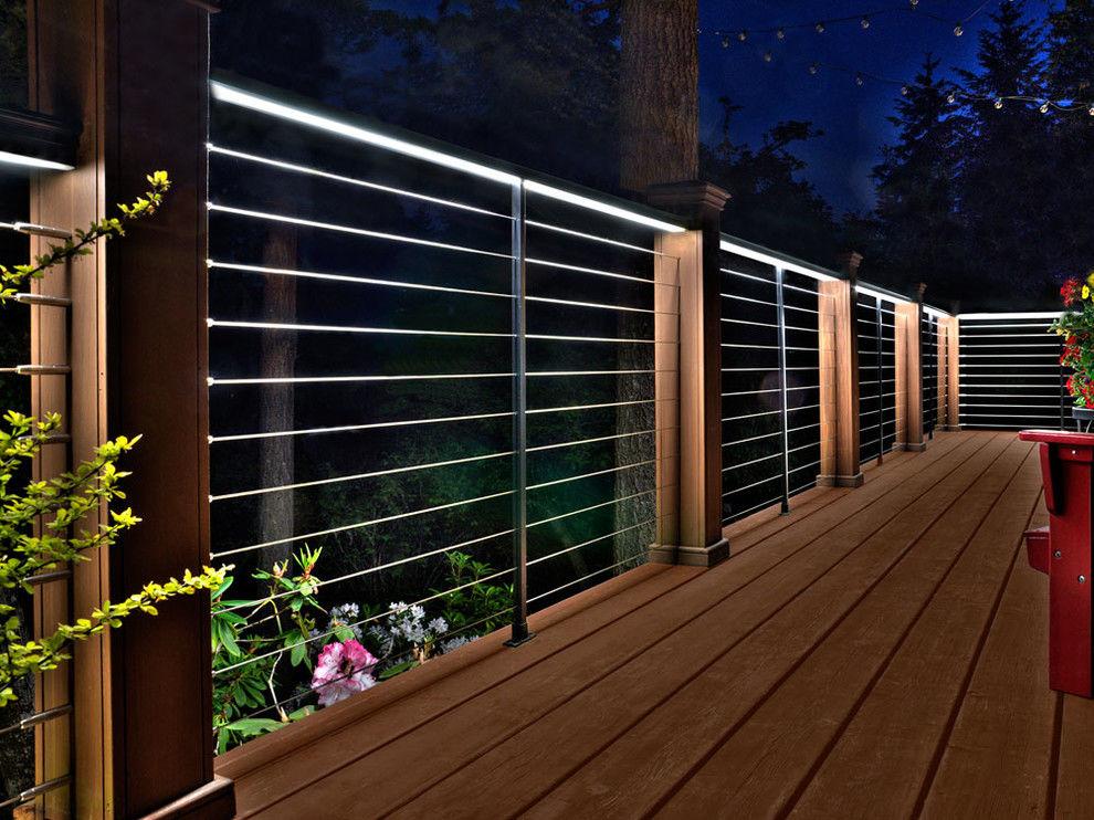 An illuminated deck railing looks very modern. Source: Next Luxury