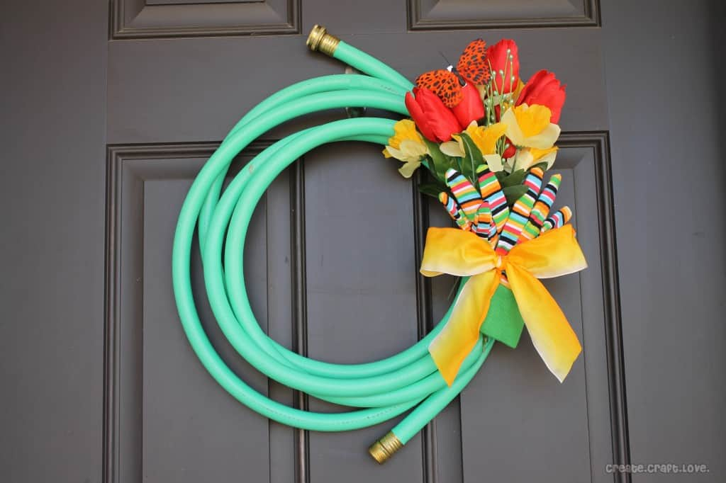 If you love gardening, this is the perfect wreath for you!