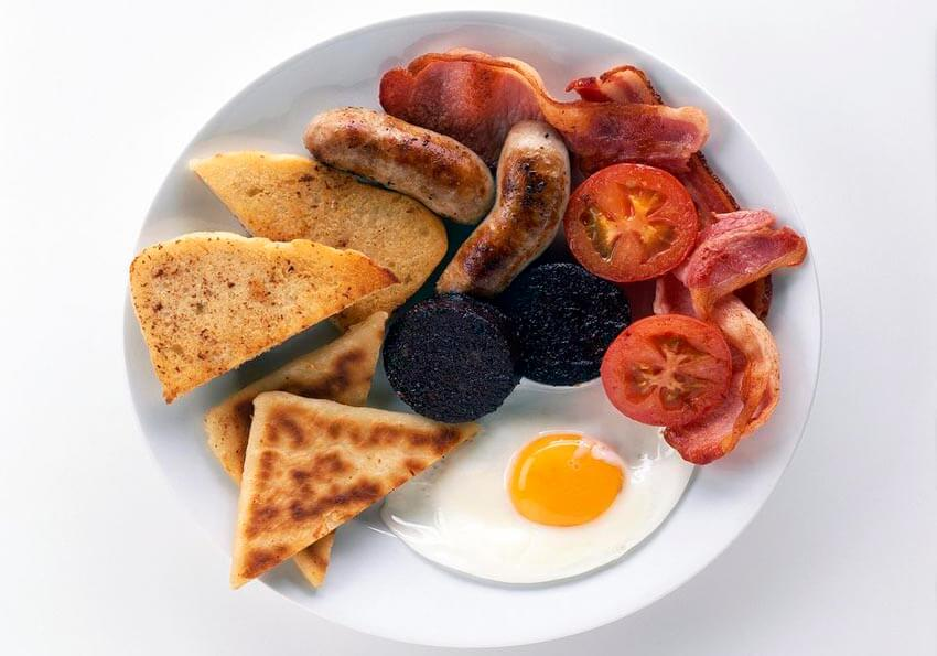 Start your St. Patrick's Day off with a traditional Irish breakfast!
