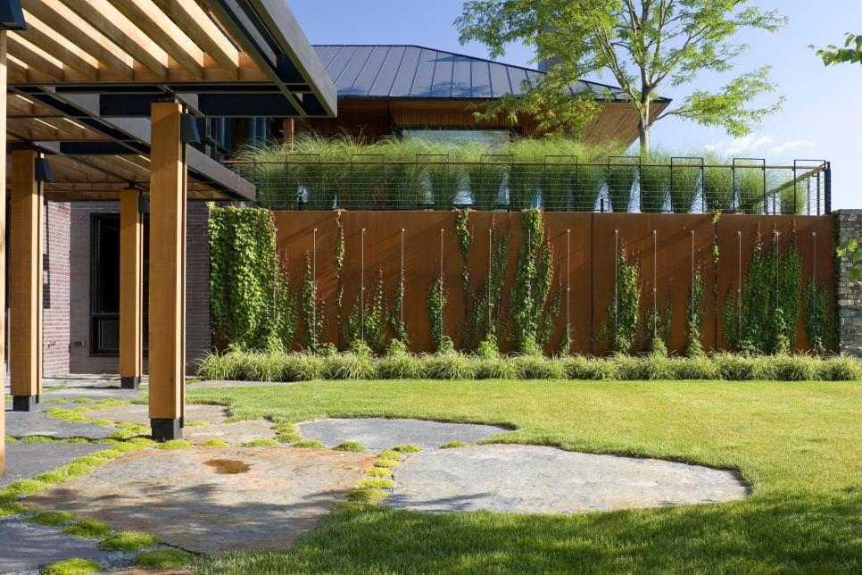 7 Trellis Designs To Improve Your Garden