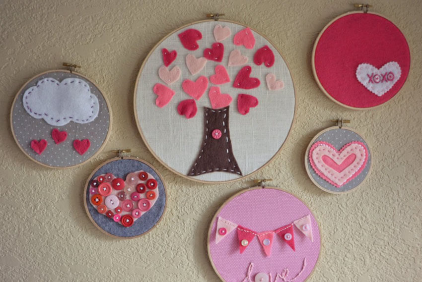 These super cute embroidery hoops are perfect for the kids!