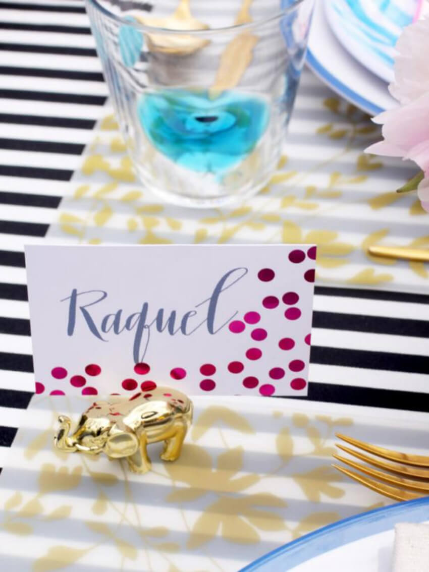 Place cards can make your dinner feel fancier! Source: HGTV