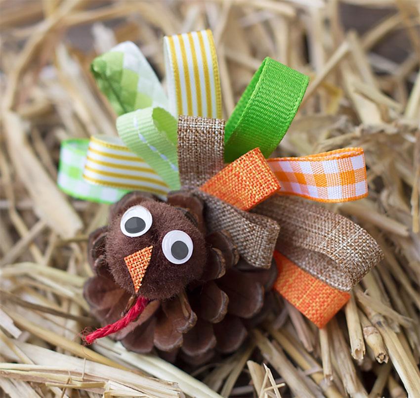 Pinecone Turkey Thanksgiving
