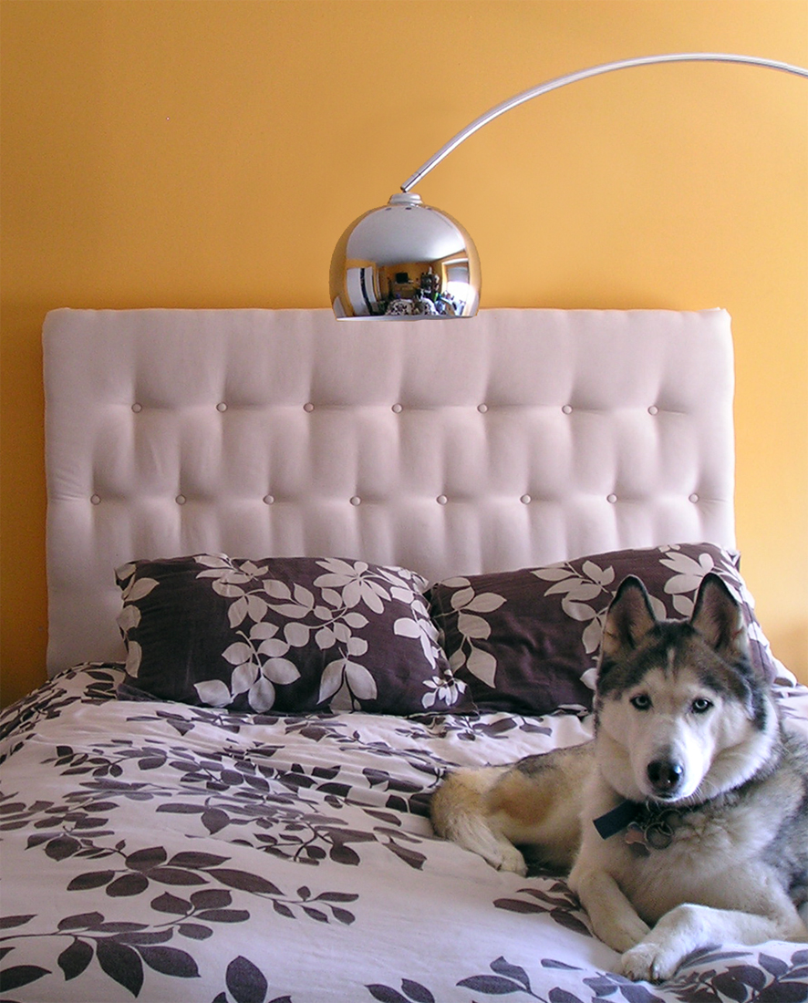 If you don't want to spend a ton of money on an upholstered headboard, make your own!