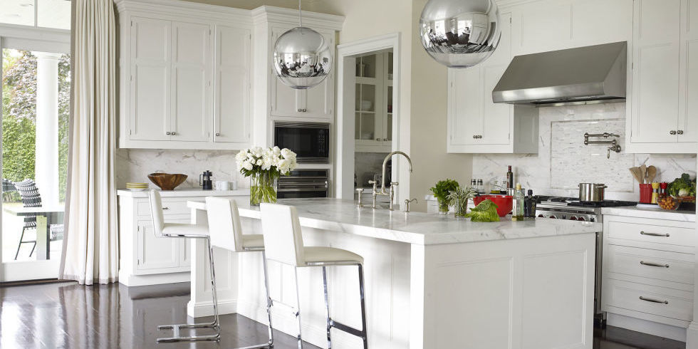 use tall cabinets to make your kitchen look more expensive