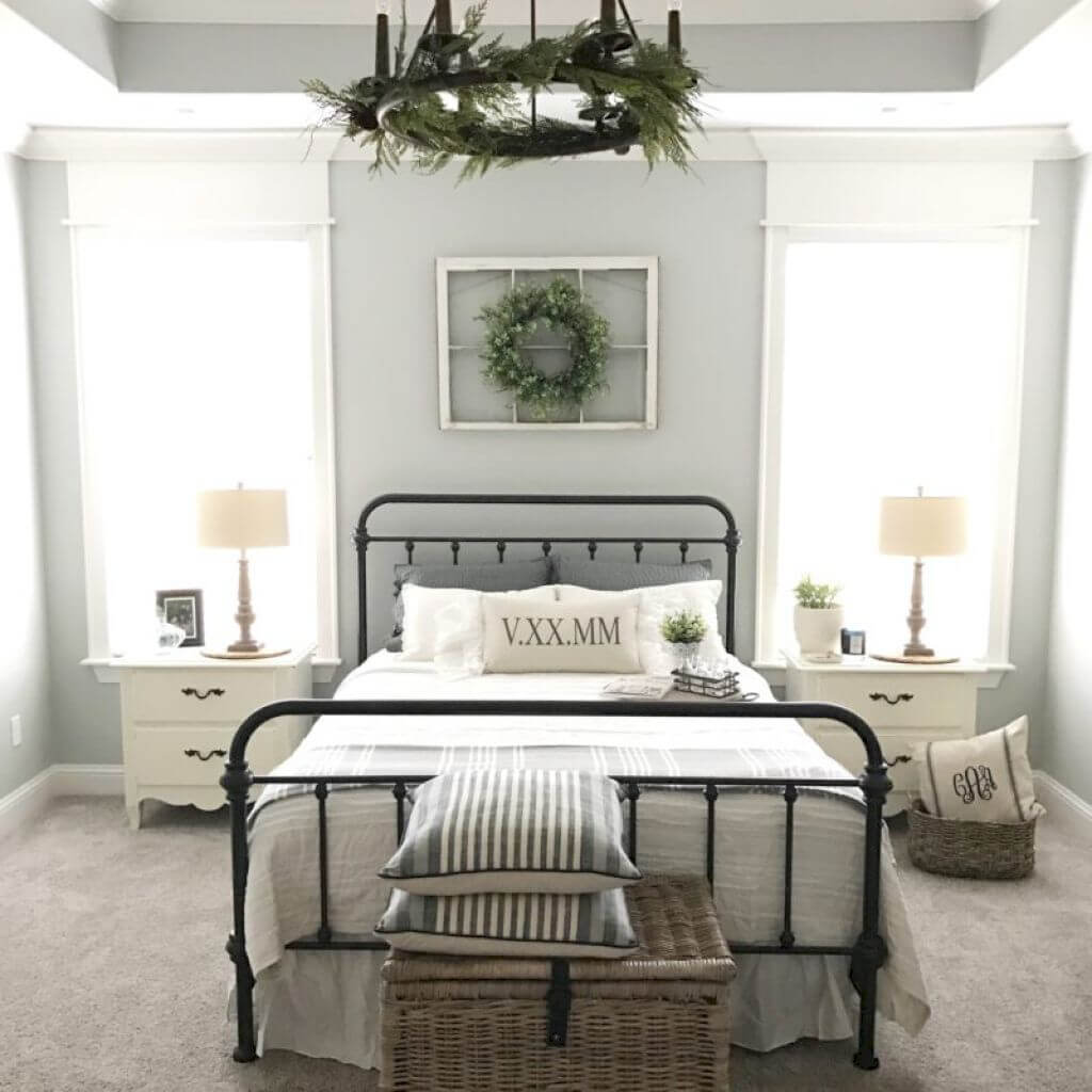 Here's an example of what rustic decor in the bedroom could look like